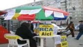 Asiguratorii mizeaza pe bonuri de carburanti, reduceri si servicii in lupta pentru RCA