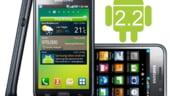 """Samsung 'bate"""" Apple pe piata smartphone-urilor"""