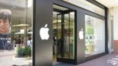 Apple, acuzata ca vinde copii piratate ale cartilor