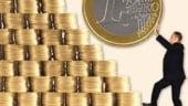 Inflatia in februarie a atins un nou minim istoric