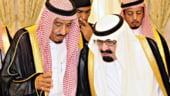 Efectul petrolului ieftin: Sauditii, nevoiti sa ia cu imprumut 50% din PIB
