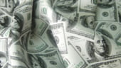 Pericol: Americanii vor inunda lumea cu dolari