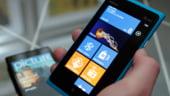Vanzarile de smartphone-uri Nokia au scazut dupa trecerea diviziei la Microsoft