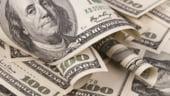 Dolarul s-a apreciat la maximul ultimelor noua luni fata de euro