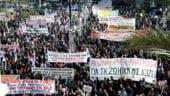 Grecii intra in greva generala ca semn de protest impotriva austeritatii