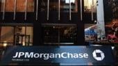 """JPMorgan """"pariaza"""" prost si pierde doua mld. de dolari"""