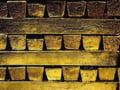Isarescu nu creste rezerva de aur a BNR din superstitie