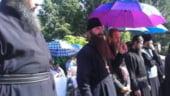 Criza din Grecia ajunge la Biserica. Popi, cercetati pentru evaziune