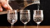 Un cadou vesel si elegant: O sticla unicat de vodca, pentru cunoscatori
