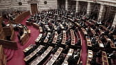 Parlamentul grec va aproba marti noi masuri de austeritate