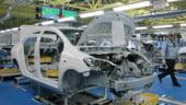 Toyota restrange si mai mult productia. Volkwagen jubileaza