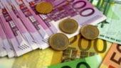 Cursul se intoarce spre 4,57 lei/euro la finalul zilei pe piata interbancara