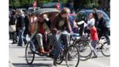 Ricsa, afacere inedita pe taram britanic: Taxiul cu pedale al asiaticilor a invadat Londra