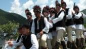 Cetele junilor din Marginimea Sibiului - traditie de sute de ani devenita atractie turistica