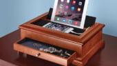 Valetul Hammacher cu USB, cel mai util accesoriu de birou