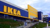 IKEA bate palma cu chinezii pentru mobilier cu electronice incorporate