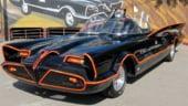 """Batmobilul din serialul """"Batman"""", vandut la licitatie pentru 4, 2 mil. de dolari"""