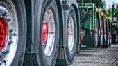 Coloanele de camioane de la granita cu Ungaria genereaza in continuare pierderi mari transportatorilor
