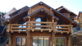 Vanzarile de case de vacanta si cabane montane din lemn scad cu circa 40%