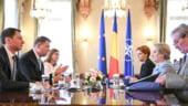 Iohannis a vorbit de pacaleala salariilor si cum inflatia anuleaza majorarile. Dancila si Vasilescu spun ca au bani si merg inainte