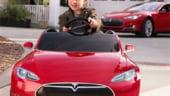 Mai tare ca masina lui tati! Din vara, Tesla S apare si sub forma de jucarie (Video)