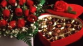 Iubirea ca afacere. Cat castiga comerciantii de flori, cadouri si martisoare in aceasta perioada