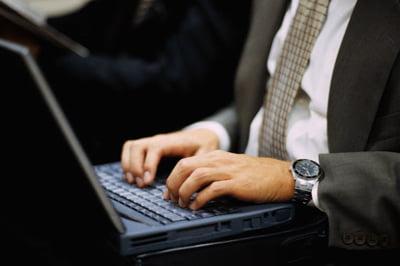 Solutii software: Cat te costa sa fii legal in Romania?