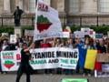 Sustinatorii Rosiei Montane ies din nou in strada: Tudose, nu cedam!