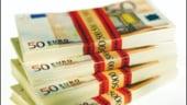 Euro s-a depreciat la un minim al ultimei luni fata de dolar