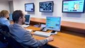 Profesorii britanici predau cu software romanesc