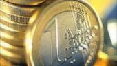 Leul castiga un ban luni dimineata, pana la 3,54 lei/euro