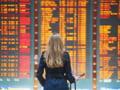 Conturile Blue Air si Wizz Air, poprite pentru nerespectarea drepturilor pasagerilor
