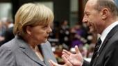 Basescu: Romania isi mentine obiectivul de aderare in zona euro in 2015