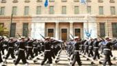 Grecia: Creditorii externi sugereaza sa renunte la armata pentru a face economii
