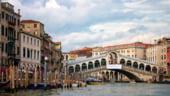 Vacanta pe cont propriu. Venetia, orasul in care inlocuiesti claxoanele cu clipocitul apei