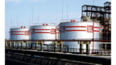 """Paradox energetic. Rusii de la Lukoil vor sa """"rafineze"""" energie solara la Ploiesti"""