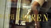 Dupa Facebook, moda la control: Cat valoreaza Estee Lauder sau Ralph Lauren