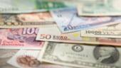 Curs valutar. Leul se depreciaza usor fata de principalele valute