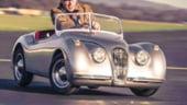 Jucarii pentru copii mari: Cum ar fi sa ai un Jaguar XK 120 in miniatura?