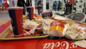 KFC si Pizza Hut renunta la Pepsi in favoarea Coca Cola