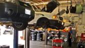 Asiguratorii au restante de 300 milioane euro catre firmele de service auto