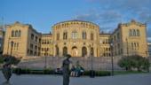 Norvegia a scos bani din fondul suveran de investitii din cauza petrolului ieftin