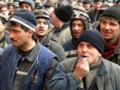Aproape 4.000 de mineri protesteaza la Targu Jiu, cerand demisia conducerii CE Oltenia