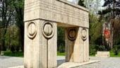 Gorj: Trei cupluri din tara si-au unit destinele in fata Portii Sarutului, de Sfantul Valentin
