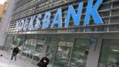 Un client Volksbank obtine in instanta anularea comisionului de administrare dintr-un act aditional