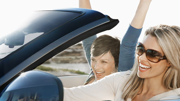 iPhone AUPEO! pentru BMW: Aplicatia care stie ce muzica vrei la volan
